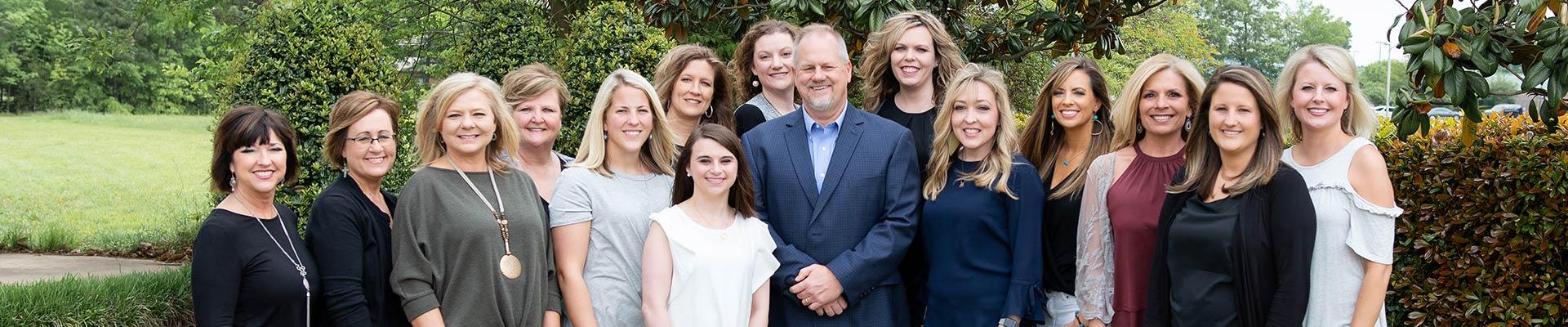 Group-Staff-Photo-Orthodontist-Lew-B-Sample-Decatur-Hartselle-AL